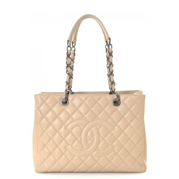 43d9d86b3486 Authentic Chanel bags, purses, accessories - LXRandCo - Pre-Owned ...